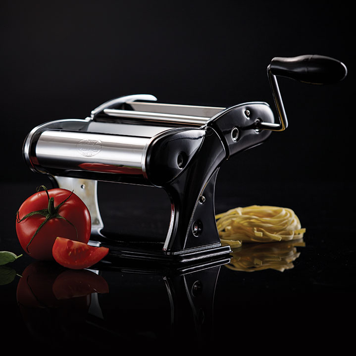 remy-olivier-pasta-machine-black