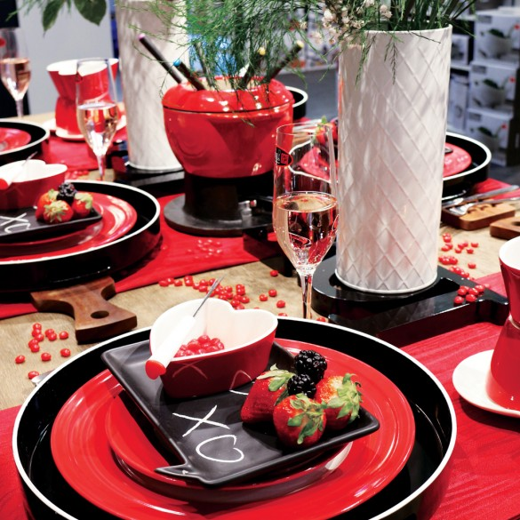Valentine's Day:  Tips to set the table for friends, family, and loved ones!